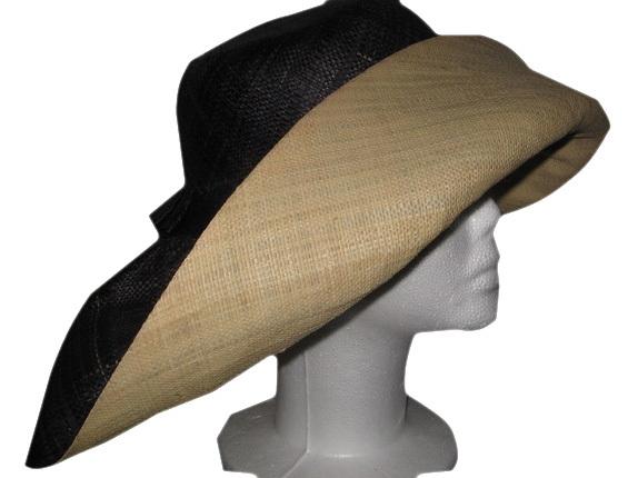 Raffia Madagascar Hat - Black   Natural   That Way Hat. New 8f596134c9e8