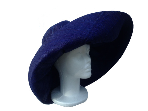 Bright Blue Sea Raffia Sun Hat   That Way Hat. New 58dfb021b8d